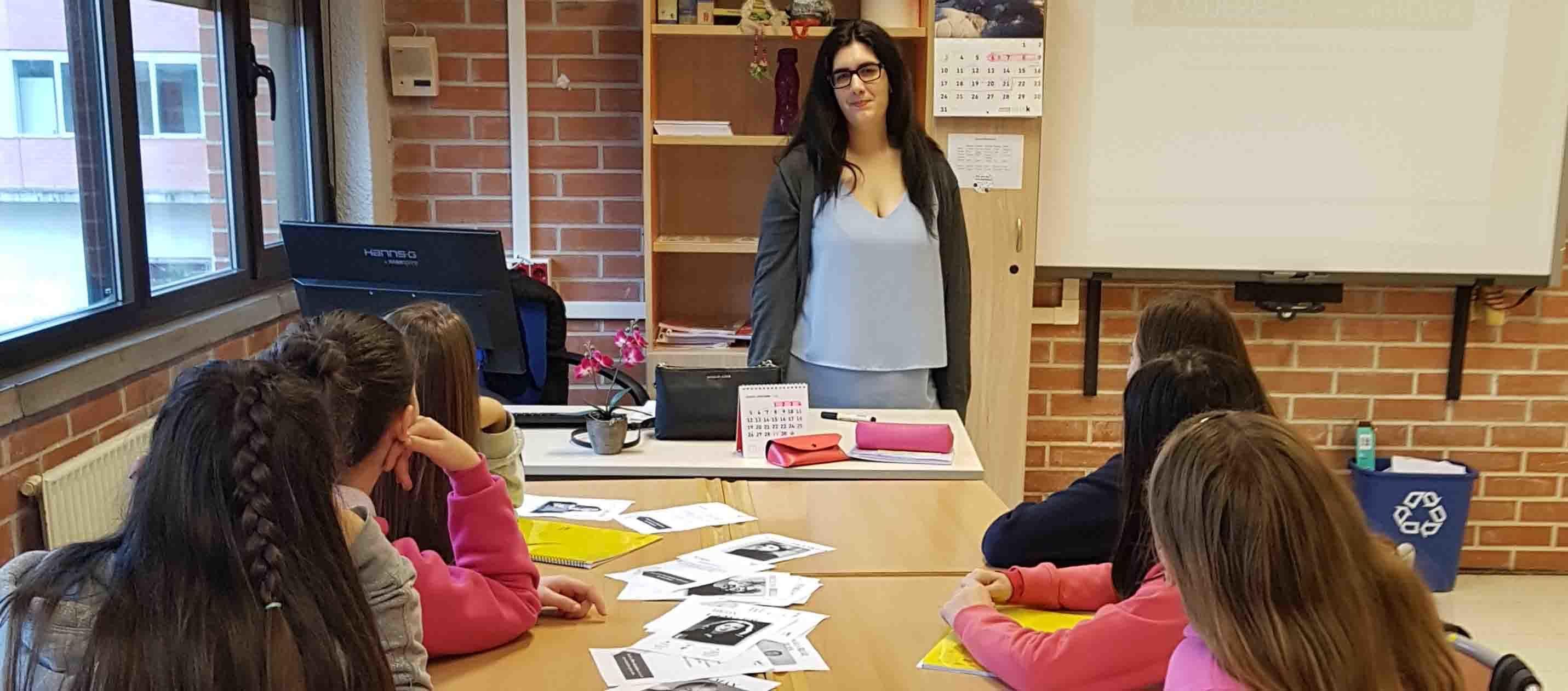 Natalia de Irontec mentora inspira steam con niñas en sesión